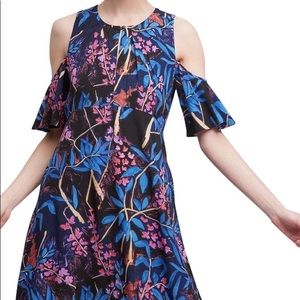 🎉HP🎉 Maeve Elia Floral Cold Shoulder Dress
